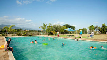 This image has an empty alt attribute; its file name is SWIMMING-POOLS_350-197.jpg